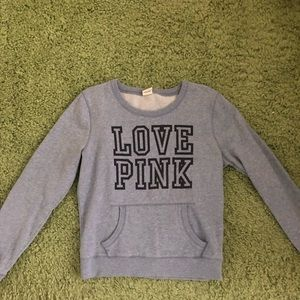 VS Pink sweatshirt- M/L